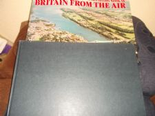LARGE HB DC BOOK BRITAIN FROM THE AIR SUPERB PHOTOGRAPHS BERNARD STONEHOUSE 1982